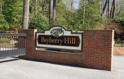 Bayberry_hill_entrance