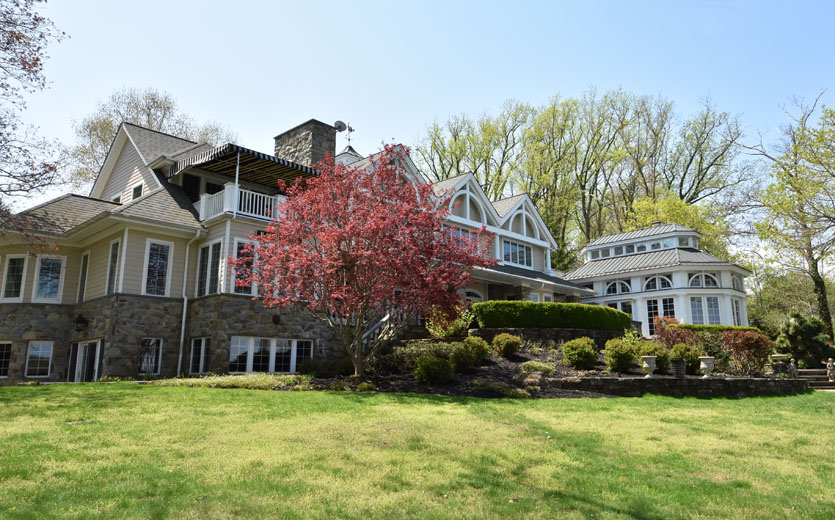Severn-River-waterfront-back-exterior