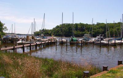 Community marina