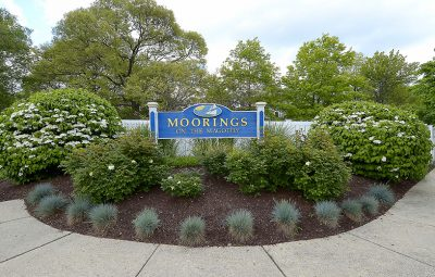 moorings_on_the_magothy_sign