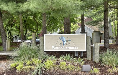 woods_landing_sign